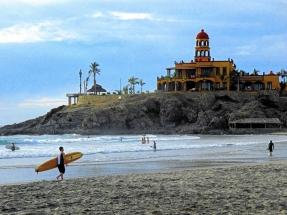 cerritos_beach